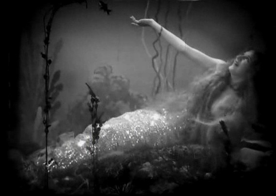 Mermaid from Tod Browning's %22The Show.%22