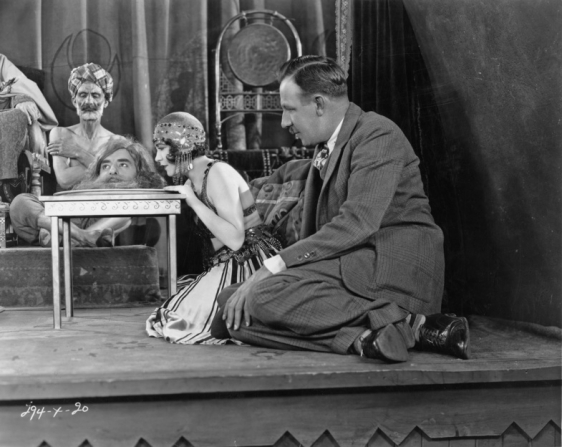 Tod Browning directing Salome scene in The Show