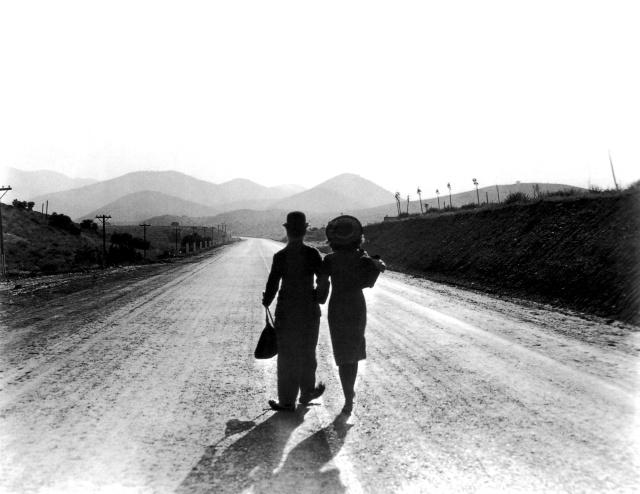 Chaplin Goddard Modern TImes