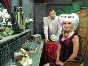 Creeporia. John Semper and Creeporia herself