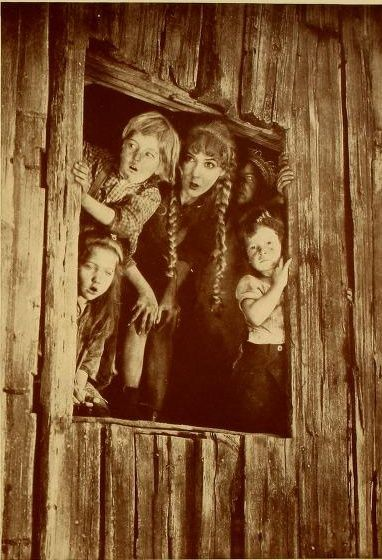 MARY PICKFORD SPARROWS still