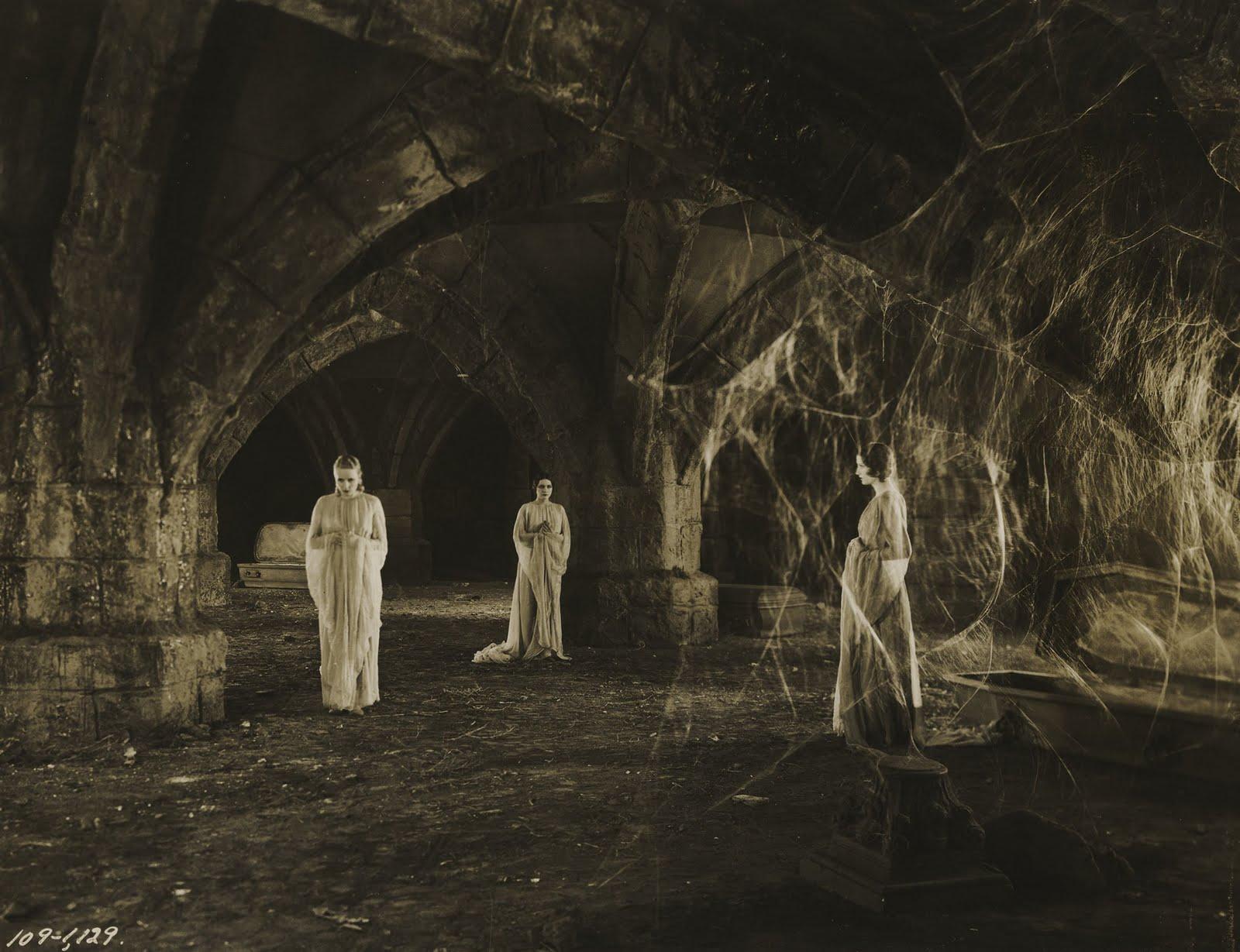 TOD BROWNING'S DRACULA (1931) IN MEMORIAM CARLA LAEMMLE