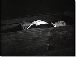 Dracula coffin death