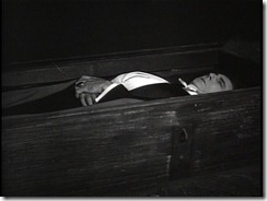 Dracula coffin death