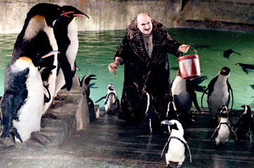 BATMAN RETURNS PENGUINS