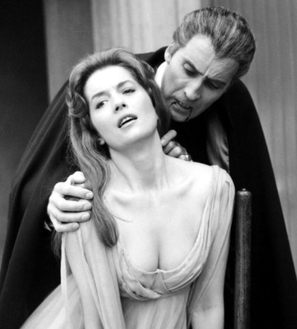 DRACULA, PRINCE OF DARKNESS. Christopher Lee, Barbara Shelley