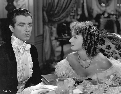 GARBO AND ROBERT TAYLOR CAMILLE