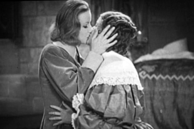 GARBO QUEEN CHRISTINA LESBIAN KISS