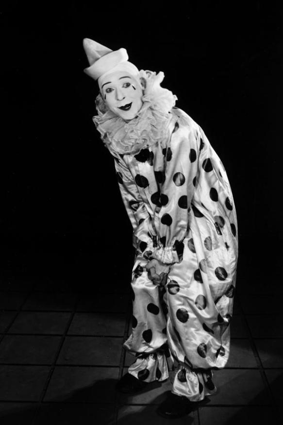 HARRY LANGDON CLOWN