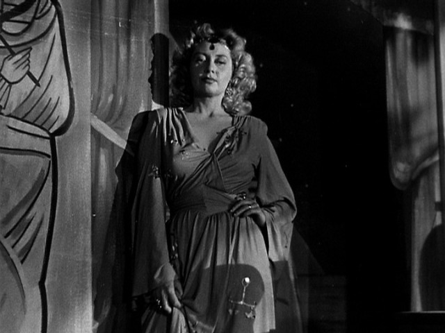JOAN BLONDELL NIGHTMARE ALLEY