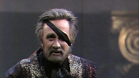Donald McIntyre's Wotan. Boulez. Chéreau Das Rheingold.
