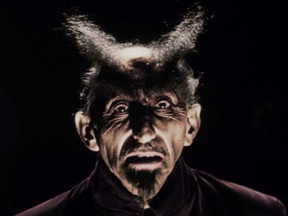 Glen Or Glenda devil