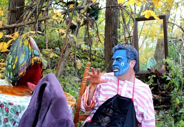 DAVID ROSS' UNREQUITED Alfred Eaker as BlueMahler in a broken wonderland