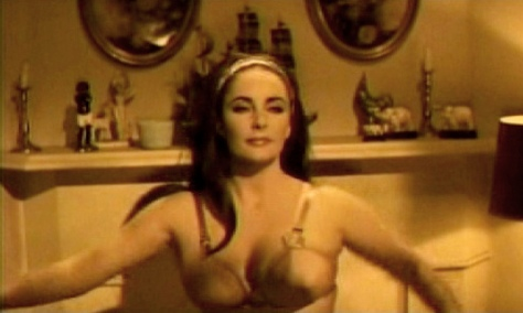 Reflections In a Golden Eye (1967) Elizabeth Taylor