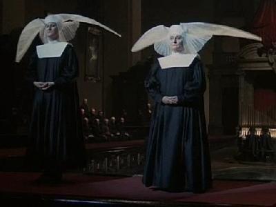 FELLINI ROMA (Vatican fashion)