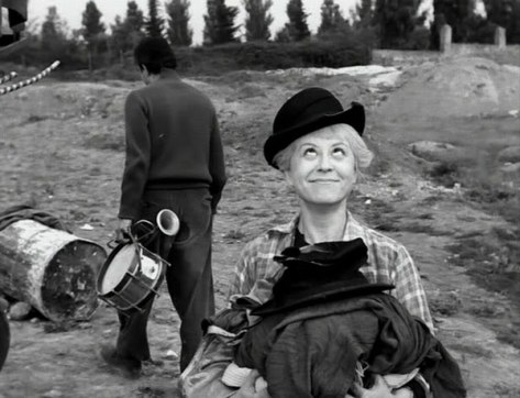 LA STRADA (1954-FELLINI) Giuletta Masina
