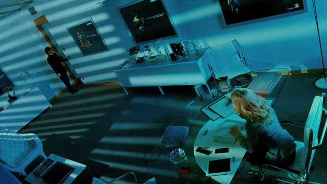Passion (2012-De Palma) screenshot