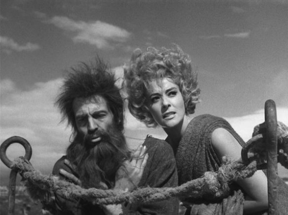 Simon of the Desert (Bunuel) Claudio Brook Silvia Pinal