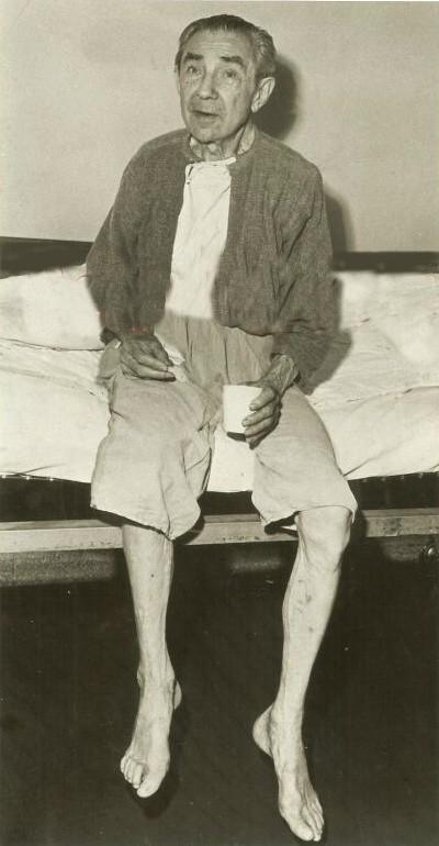 Bela Lugosi in hospital rehab