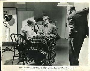 THE WALKING DEAD (1936 Curtiz) lobby card. Boris Karloff.