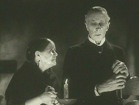The Old Dark House (1932) Eva Moore, Ernest Thesiger