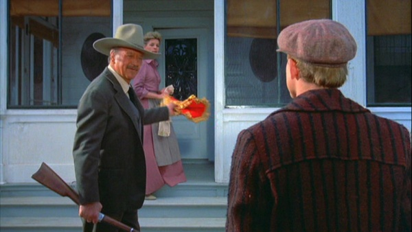 The Shootist (1976 Don Siegel) John Wayne, Lauren Bacall, Ron Howard