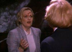 SERIAL MOM (1994 John Waters) Patty Hearst, Kathleen Turner