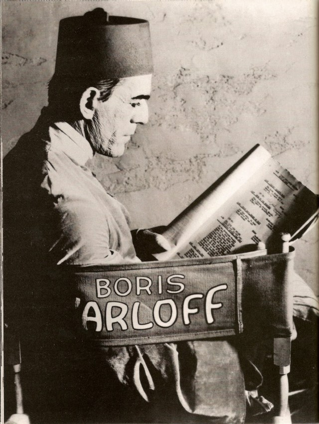 Boris Karloff on the set of the Mummy
