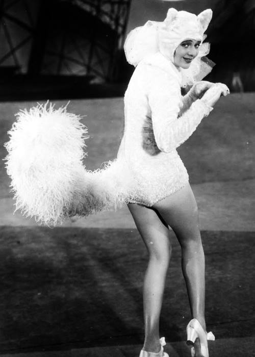 happy halloween ruby keeler (footlight parade)