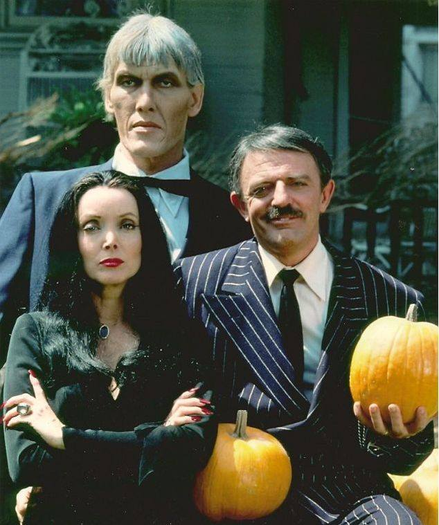 HAPPY HALLOWEEN THE ADDAMS FAMILY