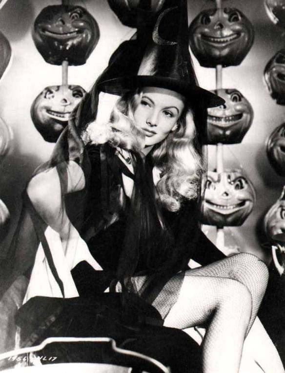 HAPPY HALLOWEEN Veronica Lake
