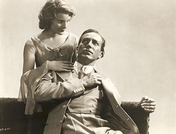 Dracula (1931 Tod Browning) Helen Chandler, David Manners publicity still