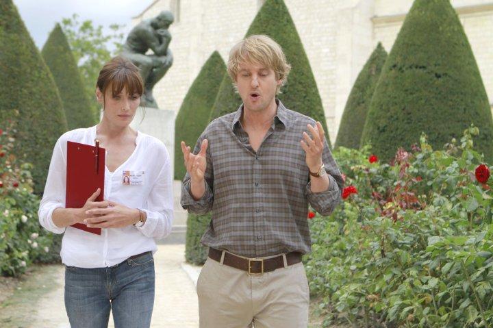 Midnight In Paris (2011 Woody Allen) Carla Bruni and Owen Wilson