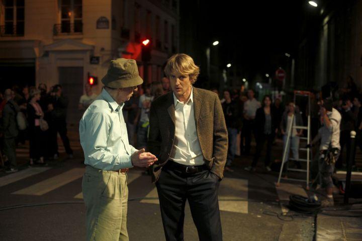 Midnight In Paris (2011) Woody Allen directing Owen Wilson