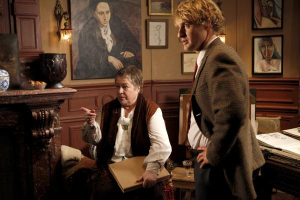 Midnight In Paris (2011 Woody Allen) Kathy Bates as Gertrude Stein and Owen Wilson