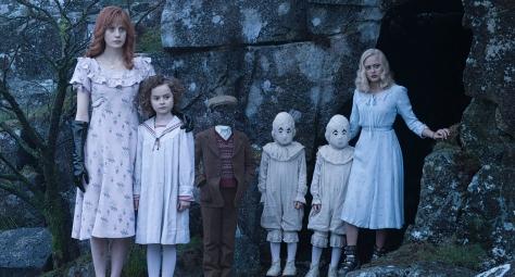 miss-peregrines-home-for-peculiar-children-2016-tim-burton