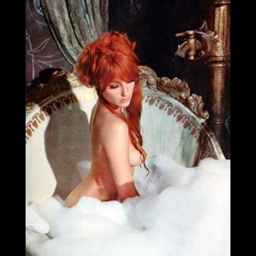 the-fearless-vampire-killers-1967-sharon-tate